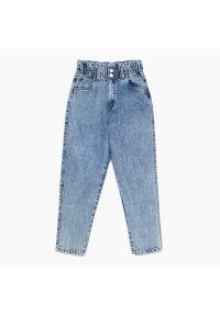 Cropp - Jeansy slouchy high waist - Niebieski. Stan: podwyższony. Kolor: niebieski