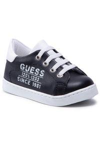 Czarne półbuty Guess