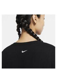 Bluza damska treningowa Nike Icon Clash Training CU5038. Materiał: poliester, elastan, materiał. Technologia: Dri-Fit (Nike). Sport: fitness