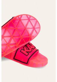 Różowe klapki Karl Lagerfeld