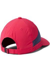 Różowa czapka columbia