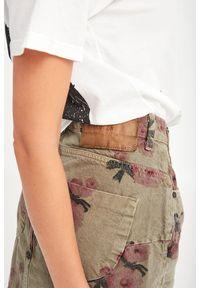 SPÓDNICA JEANSOWA ONETEASPOON. Materiał: jeans. Styl: klasyczny #4