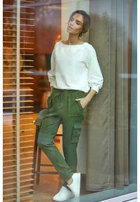 Zielone spodnie z wysokim stanem MOE