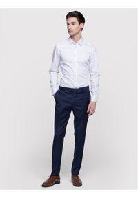 Vistula Koszula Milann XA0741 Biały Super Slim Fit. Kolor: biały