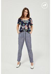 MOODO - Lniane spodnie z wiązaniem. Materiał: len. Długość: długie. Wzór: gładki