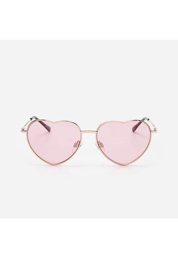 Różowe okulary przeciwsłoneczne House