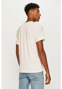 Biały t-shirt Jack & Jones z nadrukiem, z okrągłym kołnierzem