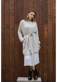 VEVA - Spódnica plisowana Charming Pleats szara. Kolor: szary. Długość: długie. Styl: sportowy, klasyczny, elegancki