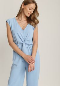 Renee - Jasnoniebieski Kombinezon Miseisa. Kolor: niebieski. Długość rękawa: krótki rękaw. Długość: krótkie