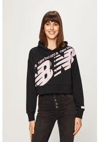 Czarna bluza New Balance z kapturem, z nadrukiem