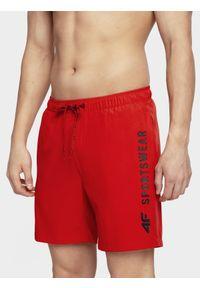 Czerwone szorty 4f na plażę, sportowe