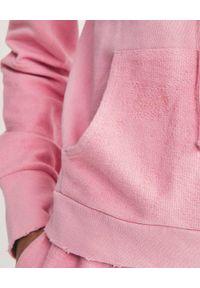 LOVE SHACK FANCY - Bluza z kapturem Anarosa. Okazja: na co dzień. Typ kołnierza: kaptur. Kolor: różowy, wielokolorowy, fioletowy. Materiał: bawełna, dresówka. Długość rękawa: długi rękaw. Długość: długie. Styl: casual