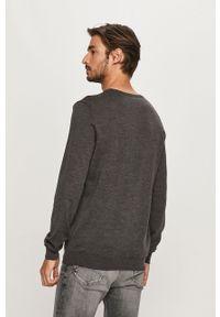 Szary sweter JOOP! długi, z okrągłym kołnierzem