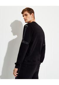Les Hommes - LES HOMMES - Czarna bluza z ozdobnymi taśmami. Kolor: czarny. Materiał: materiał. Długość rękawa: długi rękaw. Długość: długie. Wzór: aplikacja