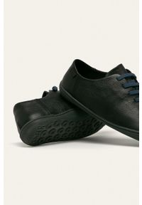 Camper - Półbuty skórzane Peu Cami. Nosek buta: okrągły. Zapięcie: sznurówki. Kolor: czarny. Materiał: skóra