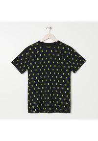 Czarny t-shirt Sinsay z nadrukiem