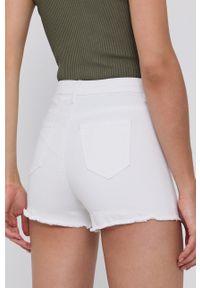 Morgan - Szorty jeansowe. Okazja: na co dzień. Kolor: biały. Materiał: jeans. Wzór: gładki. Styl: casual