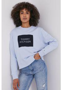 TOMMY HILFIGER - Tommy Hilfiger - Bluza. Okazja: na co dzień. Kolor: niebieski. Długość rękawa: długi rękaw. Długość: długie. Wzór: nadruk. Styl: casual
