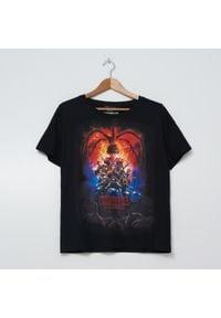 House - Koszulka z nadrukiem Stranger Things - Czarny. Kolor: czarny. Wzór: nadruk