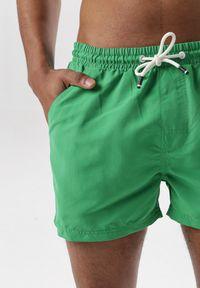 Zielone szorty Born2be