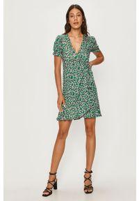 Zielona sukienka ANSWEAR prosta, na co dzień, mini