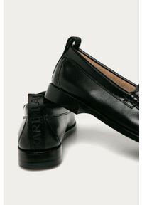Czarne mokasyny Karl Lagerfeld z cholewką, na średnim obcasie, klasyczne, na obcasie #4