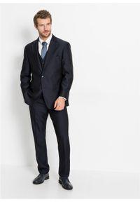 Garnitur 4-częściowy (marynarka, spodnie, kamizelka i krawat) bonprix ciemnoniebieski. Kolor: niebieski. Styl: elegancki #6