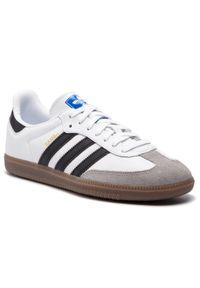 Białe półbuty Adidas klasyczne, na co dzień, z cholewką