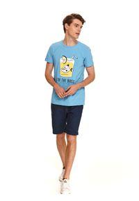 Niebieski t-shirt TOP SECRET z nadrukiem, wakacyjny