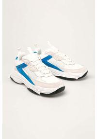 Białe buty sportowe Calvin Klein Jeans z cholewką, na sznurówki