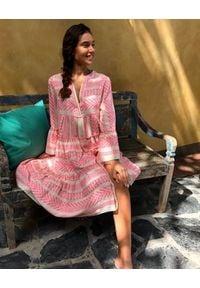Devotion Twins - Bawełniana pastelowa sukienka z rękawem 3/4 Devotion. Kolor: różowy. Materiał: bawełna. Typ sukienki: oversize