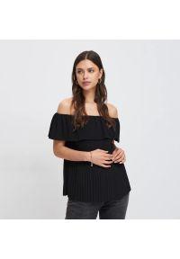 Mohito - Bluzka z odkrytymi ramionami - Czarny. Kolor: czarny