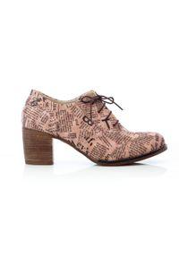 Zapato - sznurowane półbuty na 6 cm słupku - skóra naturalna - model 251 - kolor różowe litery. Kolor: różowy. Materiał: skóra. Obcas: na słupku