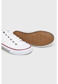Big-Star - Big Star - Tenisówki. Nosek buta: okrągły. Zapięcie: sznurówki. Kolor: biały. Materiał: guma