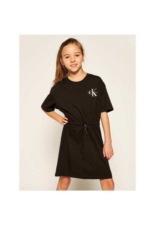 Czarna sukienka Calvin Klein Jeans casualowa, na co dzień, prosta