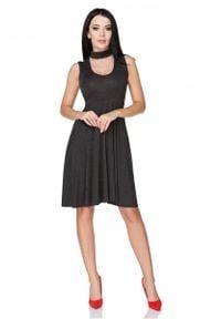 Tessita - Czarna Sukienka Wiązana na Karku. Kolor: czarny. Materiał: wiskoza, akryl, elastan