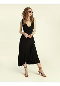 Madnezz - Sukienka Flamenco - czerń. Materiał: wiskoza, elastan. Typ sukienki: kopertowe, dopasowane