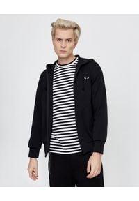 COMME DES GARCONS PLAY - Czarna bluza z kapturem. Okazja: na co dzień. Typ kołnierza: kaptur. Kolor: czarny. Materiał: jeans, materiał. Długość rękawa: długi rękaw. Długość: długie. Styl: klasyczny, casual #4