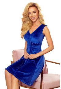 Numoco - Rozkloszowana Sukienka bez Rękawów z Dekoltem V - Chabrowa. Kolor: niebieski. Materiał: bawełna, elastan. Długość rękawa: bez rękawów