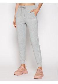Guess Spodnie dresowe Long O0BA26 KA3P1 Szary Regular Fit. Kolor: szary. Materiał: dresówka