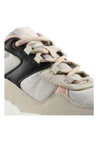 Lee Cooper - Sneakersy LEE COOPER LCWL-20-39-031 Beige. Okazja: do pracy, na co dzień. Materiał: jeans, dresówka, skóra ekologiczna, materiał. Szerokość cholewki: normalna. Wzór: aplikacja. Styl: casual