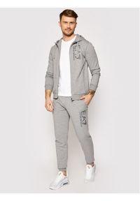 EA7 Emporio Armani Spodnie dresowe 3KPP53 PJ05Z 3905 Szary Regular Fit. Kolor: szary. Materiał: dresówka