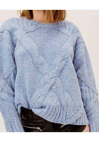 For Love & Lemons - FOR LOVE & LEMONS - Niebieski sweter Carly. Kolor: niebieski. Materiał: prążkowany, dzianina, materiał. Sezon: zima