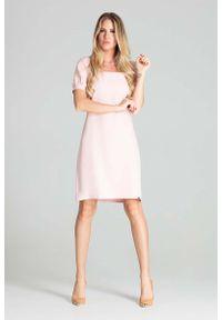 Różowa sukienka wizytowa Figl prosta, z kwadratowym dekoltem