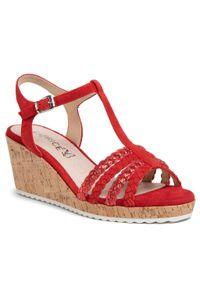 Czerwone sandały Caprice casualowe, na obcasie