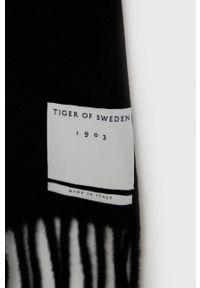 TIGER OF SWEDEN - Tiger Of Sweden - Szalik wełniany. Kolor: czarny. Materiał: wełna