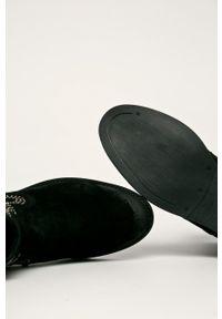Czarne botki Badura z cholewką, na zamek