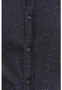 BOSS - Boss - Koszula bawełniana Boss Casual. Okazja: na co dzień. Typ kołnierza: button down. Kolor: niebieski. Materiał: bawełna. Długość rękawa: długi rękaw. Długość: długie. Styl: casual