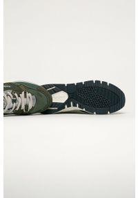 Oliwkowe sneakersy Pepe Jeans na sznurówki, z okrągłym noskiem, z cholewką