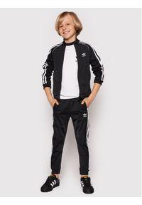 Czarne dresy Adidas